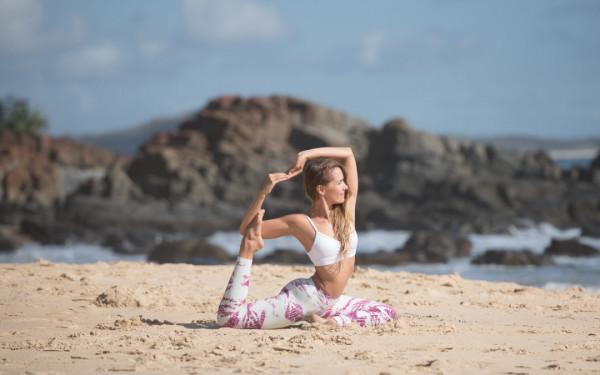 7 tư thế Yoga giúp bạn thon gọn đùi nhanh chóng 6