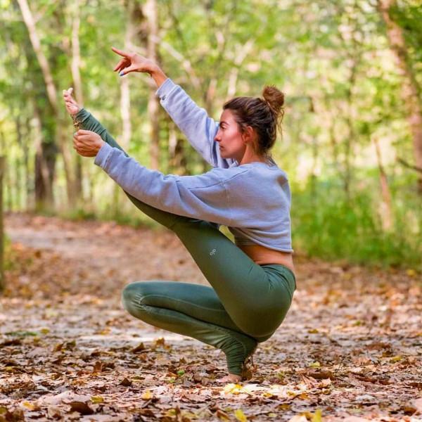 6 thói quen sai lầm khi tập luyện Yoga bạn cần nên tránh ngay 2